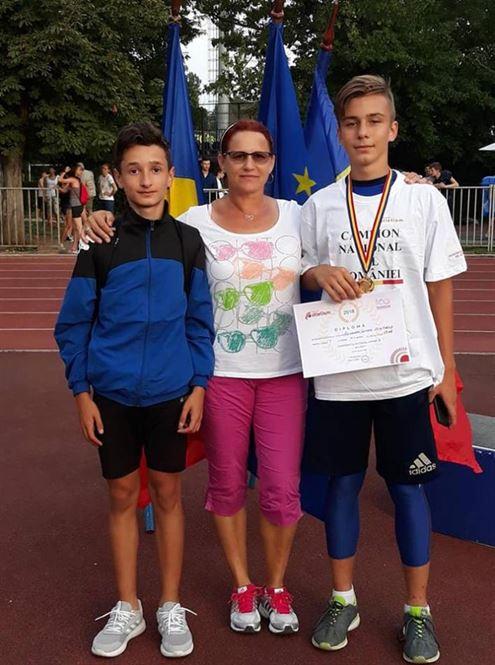 Doua medalii de aur pentru atletii braileni la nationalele de juniori 3
