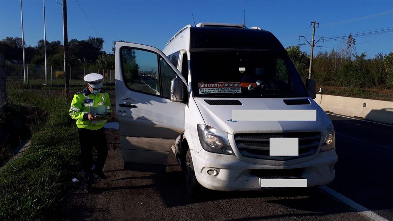 Șoferi și pasageri amendați pentru neportul măștii