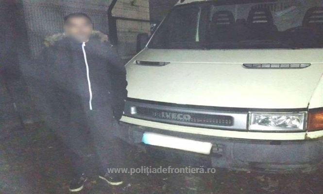 Autoutilitară Iveco, fără drept de circulație în România, depistată de polițiștii de frontieră brăileni