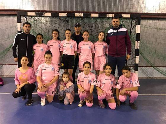 Echipa de fete a scolii din Ramnicelu a castigat faza judeteana a Gimnaziadei la fotbal