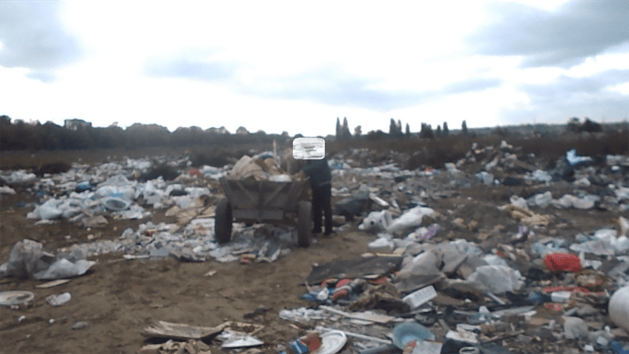 Amendați de Poliția Locală pentru aruncarea gunoiului pe domeniul public