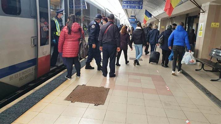 Acțiuni ale polițiștilor în trenurile de călători