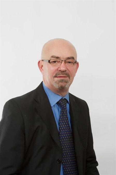Candidatul ARD pentru Colegiul 1 Senat, Lucian Ivan, director general la AXA Motor Braila, a suferit un preinfarct