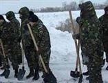 Militarii Brigazii 10 Geniu Braila au sprijinit populatia afectata de ninsori si viscol