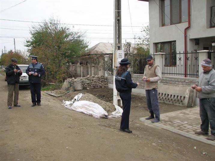 40 de politisti si 10 patrule au fost prezente ieri in jurul unitatilor de invatamant