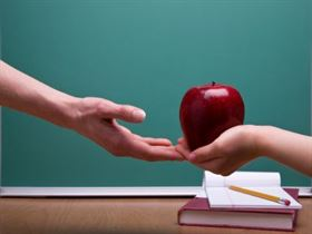 Consumul de fructe proaspete a fost extins si la clasa pregatitoare