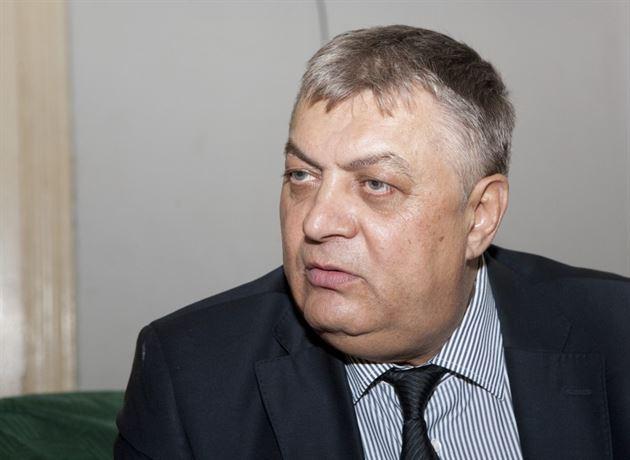 Tatal unui fost candidat la parlamentare a fost agresat