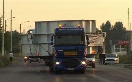 Un transport agabaritic cu latimea de 7,50 m si inaltimea de 6,6 metri va pleca maine din Braila spre Miercurea Ciuc