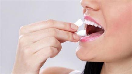 Mestecatul gumei de menta duce la ingrasare