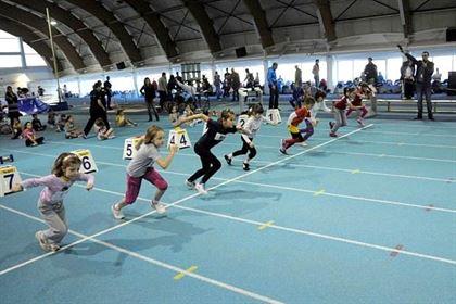 Opt medalii la Campionatele Nationale de atletism pentru copii