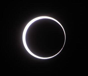 Prima eclipsa a anului 2013 vizibila si la noi