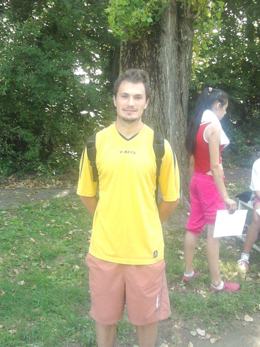 Aurel Baciu locul 2 la 110 m garduri