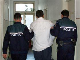 Cu ochii pe infractori, politistii nu stiu de gluma