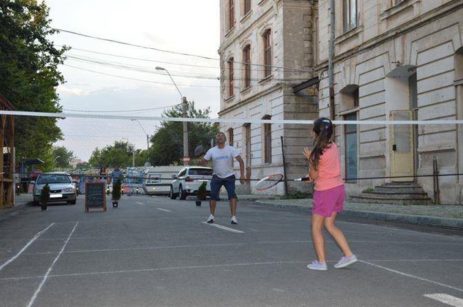 Sport Plus promoveaza badmintonul la Braila