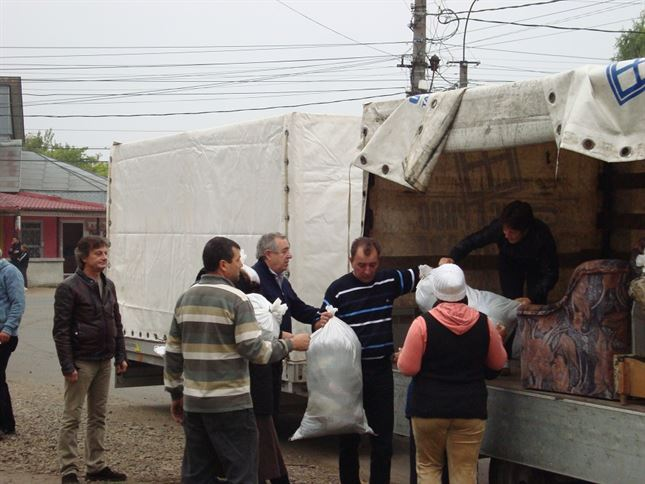 """Campania umanitara """"Uniti in fata furiei apelor"""", la final"""
