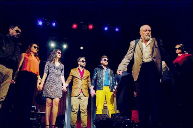 Actor al Teatrului gălățean, colaborator al Teatrului brăilean, a părăsit scena vieții la doar 53 de ani