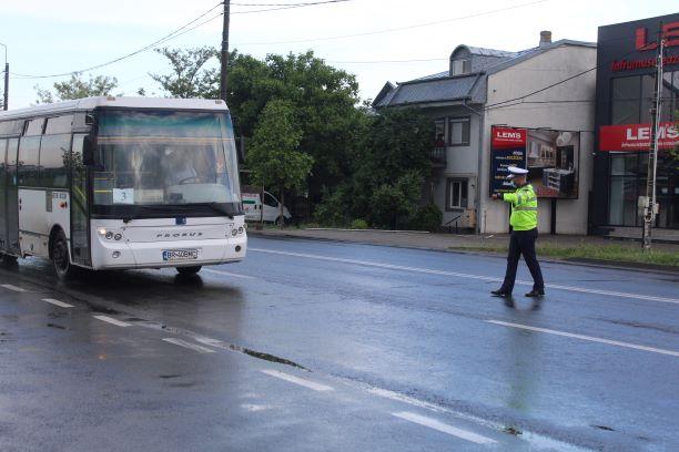 Galerie foto+video: Acțiune pentru siguranța transportului de persoane