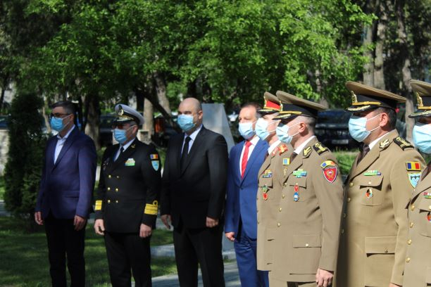 Ziua eroilor sărbătorită mâine la Brăila