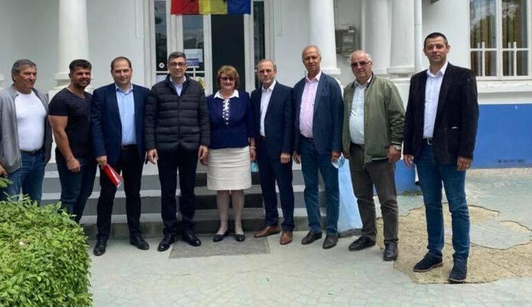 Ana Cornelia Măcrineanu și-a depus candidatura la Primăria Viziru