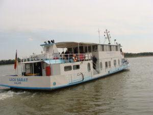 Se reiau cursele de agrement cu nava Lacu Sărat