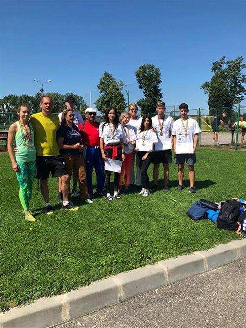 Salba de medalii pentru atletiii braileni la nationalele de juniori 1