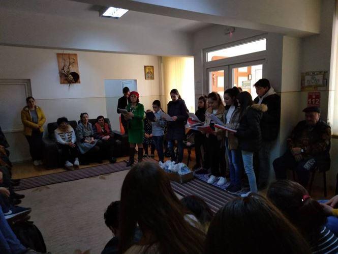Biblioamici pentru bunici – un proiect de suflet al bibliotecii Panait Istrati