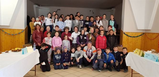 Programul 4/4 Pentru Prieteni desfășurat la Școala Surdila Greci în parteneriat cu Ambasada SUA