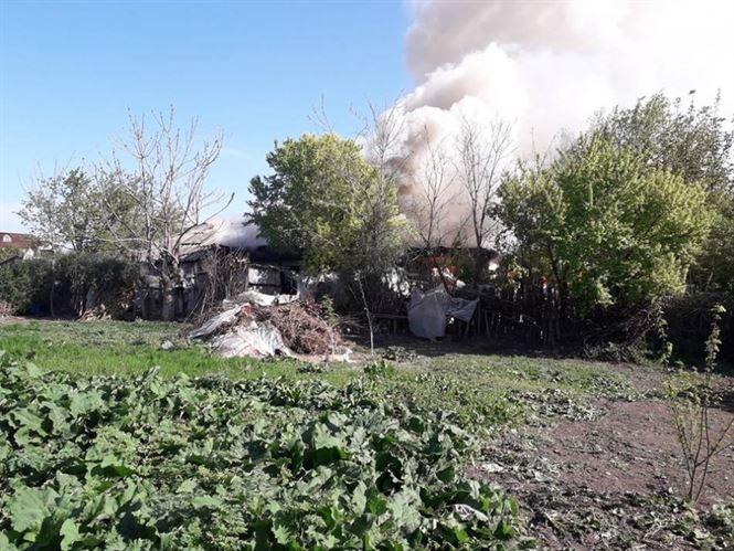 Locuință distrusă total de un incendiu în comuna Viziru