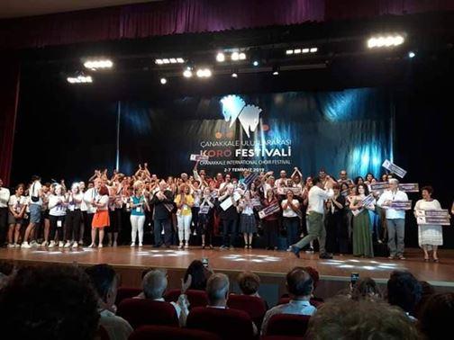"""Corul mixt """"Trison"""" premiat la Festivalul coral de la Ҫanakkale"""