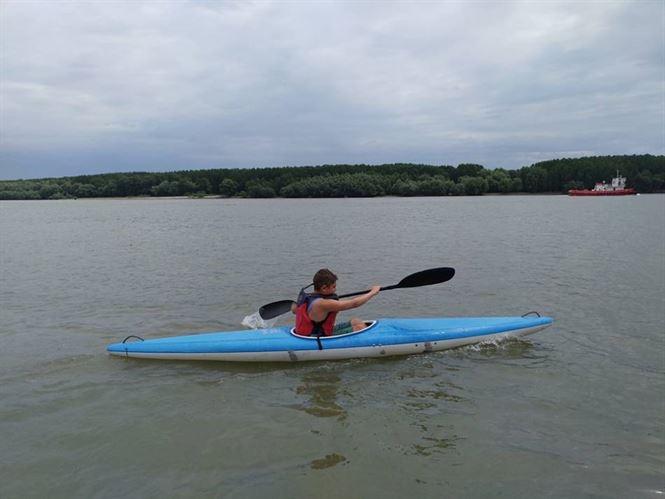 Luna august, luna competițiilor pentru sportivii de la kaiac- canoe