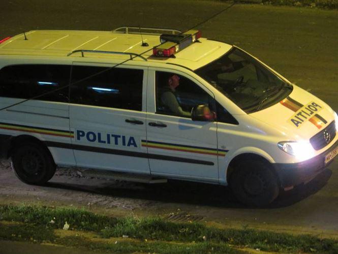 A plecat cu geaca altcuiva, dar a fost prins de politisti