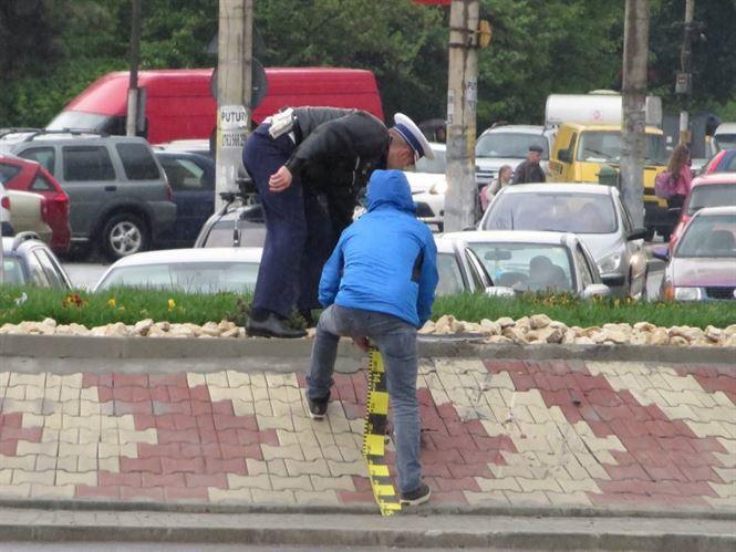 Accident în sensul giratoriu, produs de un șofer băut și cu permisul suspendat