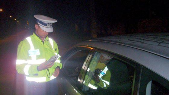 Tanar de 20 de ani din Insuratei, depistat la volan sub influenta alcoolului