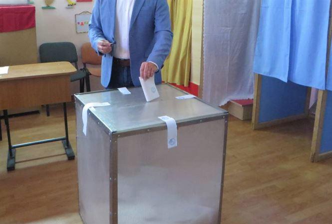 Hotărâre BEC prin care alegătorii cărora le-au expirat buletinele în perioada 1 martie – 27 septembrie 2020 pot vota la alegerile locale în baza acestora