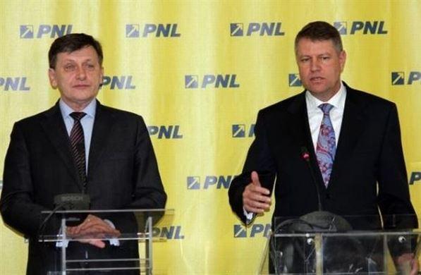 Lideri ai PNL vor includerea lui Crin Antonescu in sondajele comune cu PDL pentru prezidentiale