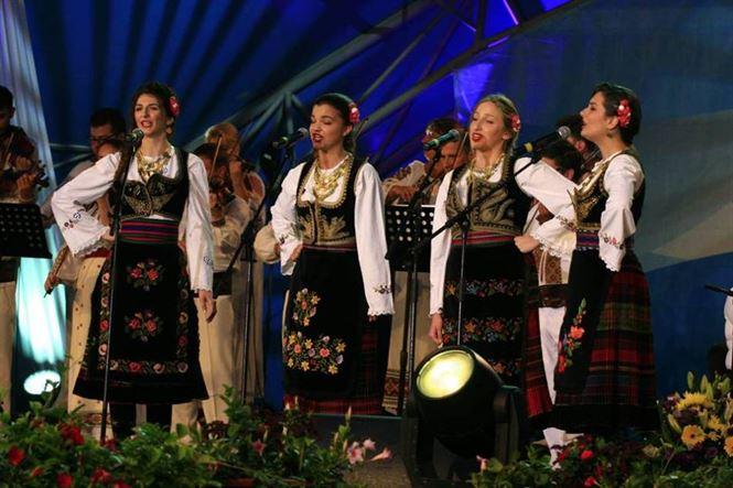 Au fost stabiliti concurentii Festivalului Cantecul de dragoste de-a lungul Dunarii
