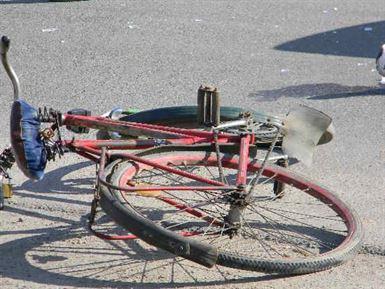 Biciclist accidentat de o caruta