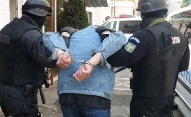 Arestat preventiv 30 de zile pentru comiterea infracțiunii de viol asupra unei minore