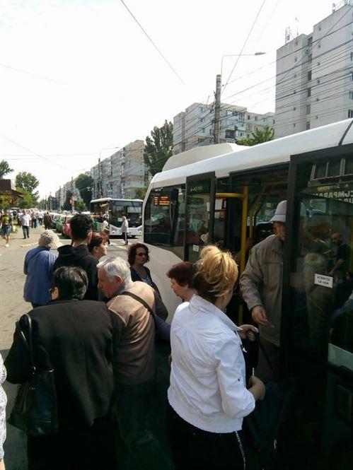 CLM a majorat la 1300 lei plafonul pentru care se acorda gratuitate la transportul in comun