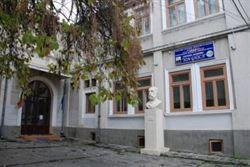 "Șapte posturi vacante scoase la concurs la Colegiul Economic ""Ion Ghica"""