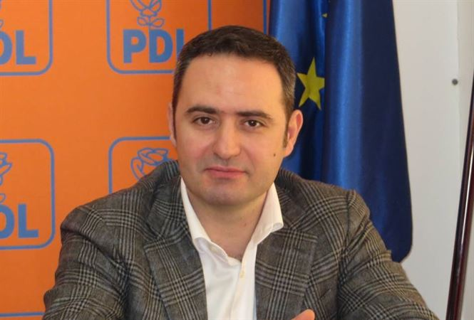 Nazare: Comisarul european este reprezentantul politic al unei structuri de profesionisti