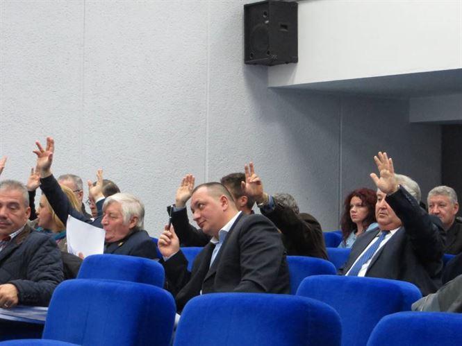 Consilierii judeteni l-au validat pe Ovidiu Peris ca presedinte al Comisiei de Evaluare a Persoanelor Handicap