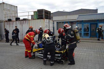 Intervenție a ISU Brăila la o simulare de explozie la o fabrică de acetilene