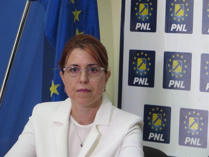 Antoneta Ioniță prezintă brăilenilor raportul de activitate pe ultima sesiune parlamentară