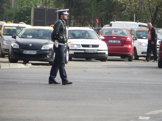 Doar două amenzi aplicate ieri de polițiști