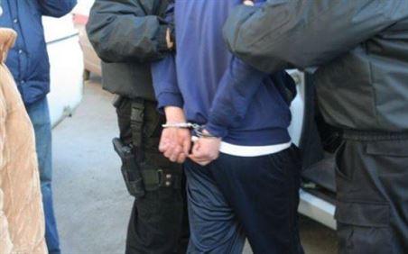 Doi minori din Ciresu suspecti de comiterea unui furt dintr-o locuinta
