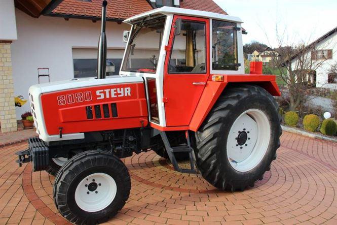 Dosar penal pentru conducerea unui tractor neinmatriculat