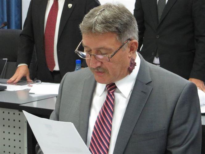 Dumitru Munteanu o inlocuieste pe Gianina Serban in Consiliul Judetean