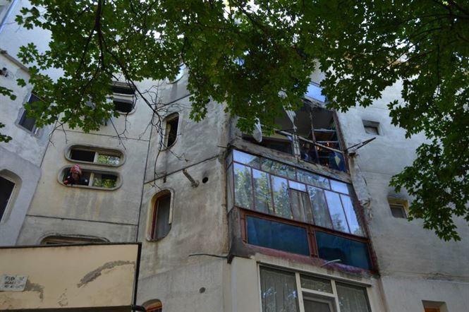 Explozie de la o butelie la un apartament din cartierul Viziru I