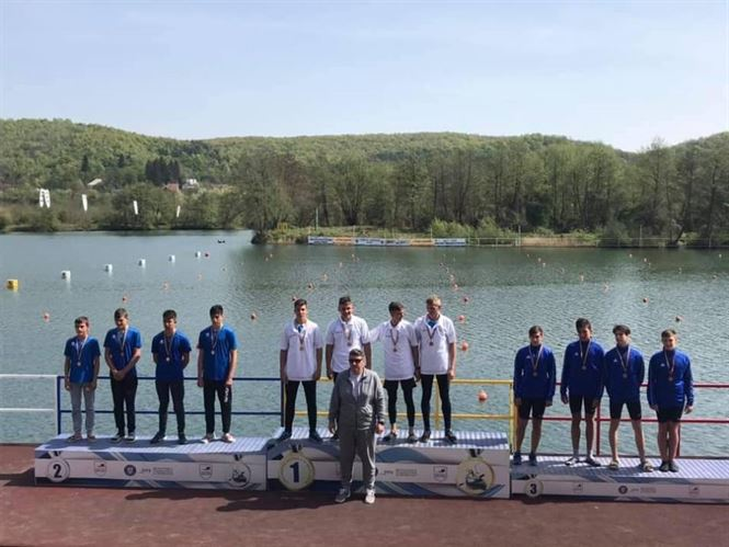 Cinci medalii pentru sportivii brăileni la campionatul național de primăvară la kaiac-canoe